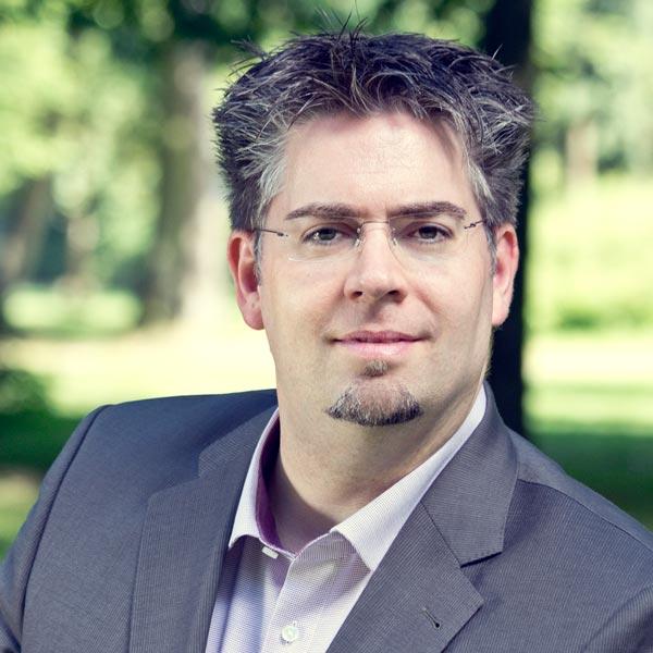 InSzeneCoach Thorsten AbraXas Ophaus – Volle Aufmerksamkeit, voller Erfolg
